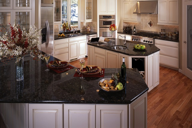 China Granite Stone Polished Glossy Slab for Countertop and Kitchen Top